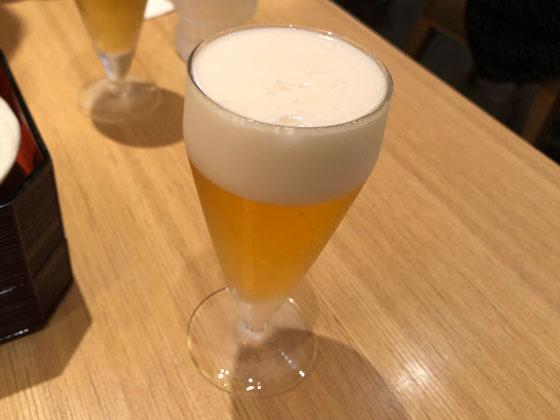 無料クーポンでゲットしたグラス生ビール